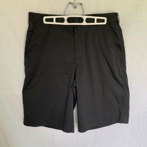 Nike // Black Flat Front Golf Shorts 30 M